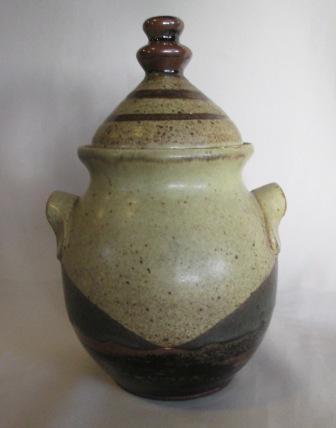 Jar with RBO mark Rb_jar10