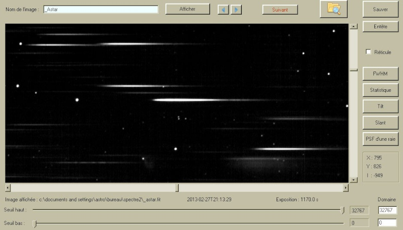 La nébuleuse variable de Hubble et son bébé étoile R Mon Ref_sk11