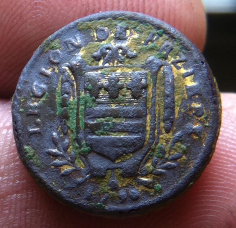 Bouton révolutionnaire de la légion de Béziers . Image14