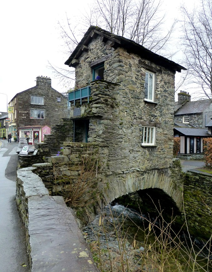 La maison-pont de Ambleside - Angleterre P1140510