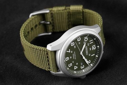 Seiko Kinetic Field Watch SKA725 Sans-t10