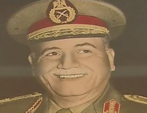 المشير أحمد إسماعيل علي وزير الحربية المصري خلال حرب أكتوبر 1973 06_10_10