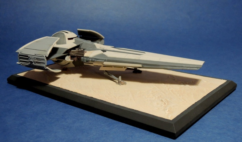 Darth Maul's Sith Infiltrator- Revell EasyKit - Page 2 Dscn0111