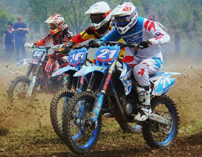 Motocross Cherain - jeudi 14 mai 2015 ... - Page 5 10866111