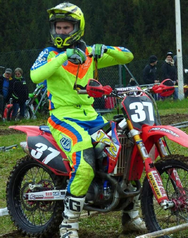 Motocross Bockholtz/Goesdorf - 1er mai 2015 - Page 3 10984110