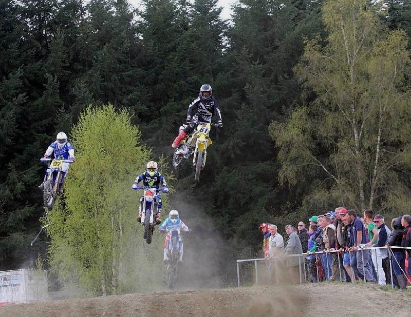 Motocross Bertrix - 26 avril 2015 ... - Page 2 11054410