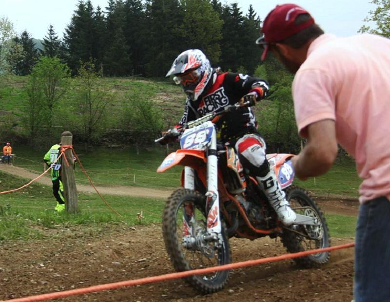 Motocross Cherain - jeudi 14 mai 2015 ... - Page 5 11061211