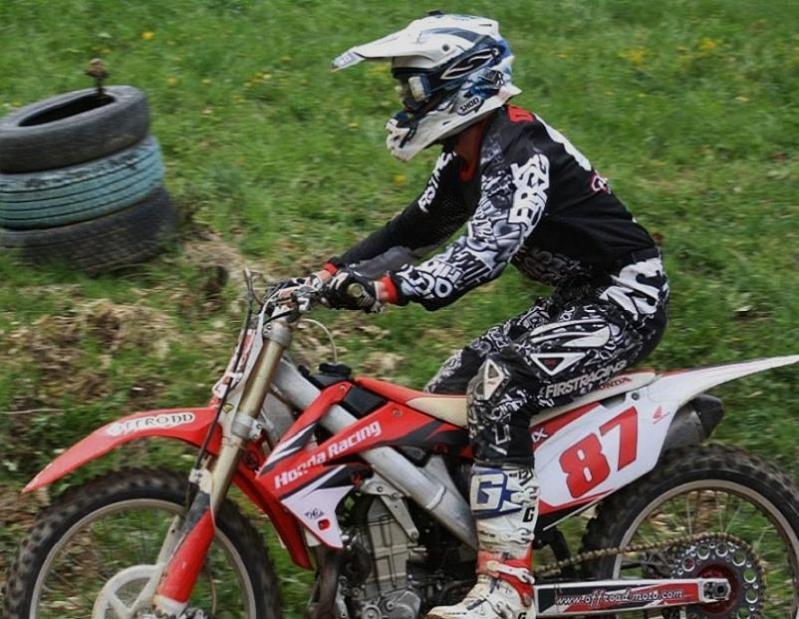 Motocross Bockholtz/Goesdorf - 1er mai 2015 - Page 2 11136710