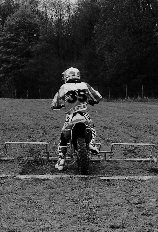 Motocross Bockholtz/Goesdorf - 1er mai 2015 - Page 3 11146511