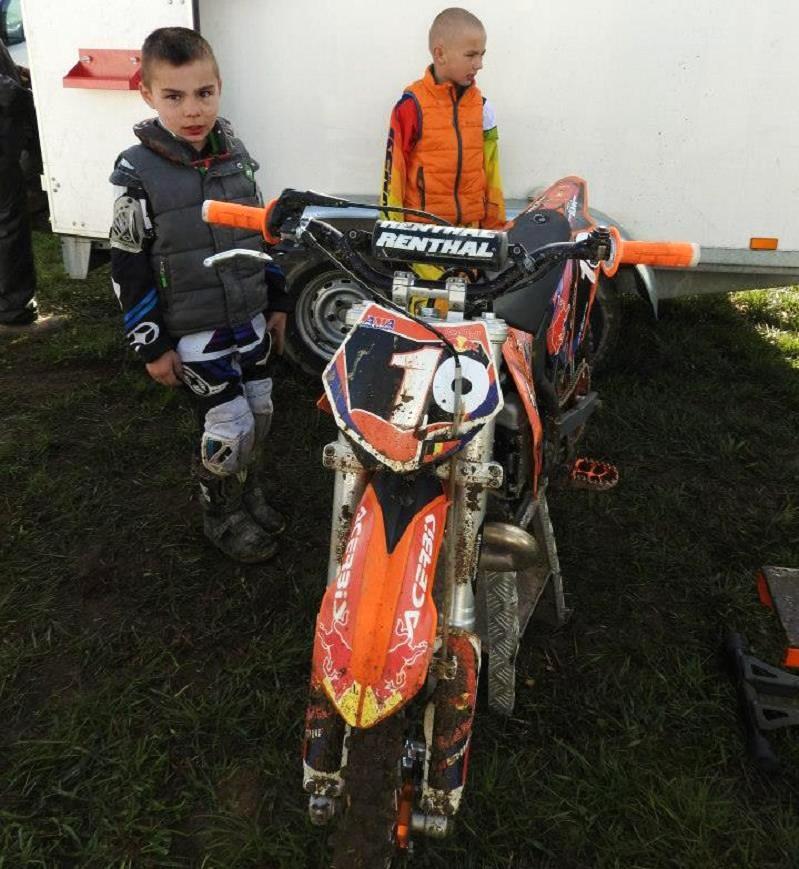 Motocross Grandvoir - 12 avril 2015 ... - Page 9 11149411