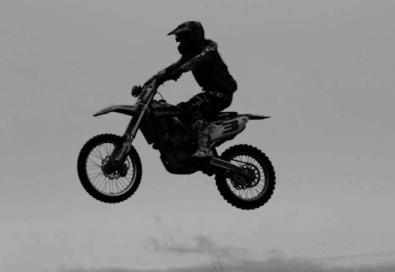 Motocross Bertrix - 26 avril 2015 ... - Page 2 11154810