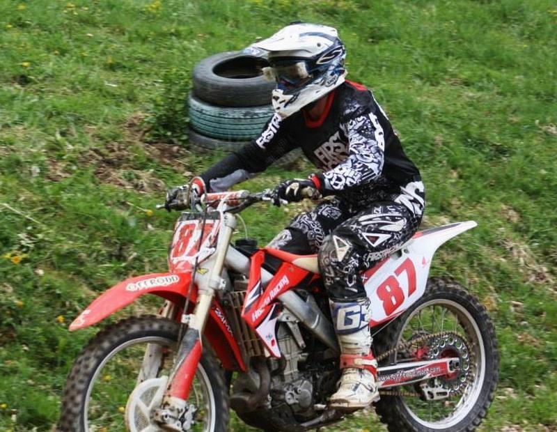 Motocross Bockholtz/Goesdorf - 1er mai 2015 - Page 2 11175011