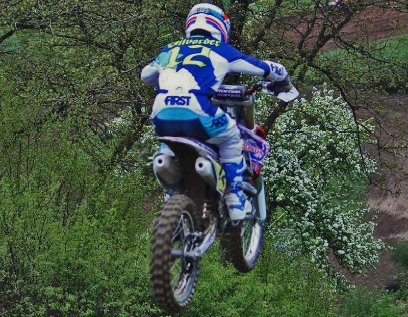Motocross Bockholtz/Goesdorf - 1er mai 2015 - Page 3 11187210