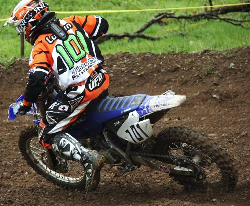 Motocross Bockholtz/Goesdorf - 1er mai 2015 - Page 3 11212610
