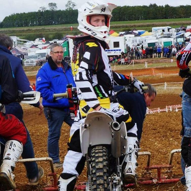 Motocross Willancourt - 4, 5 et 6 septembre 2015 ... - Page 4 11990310