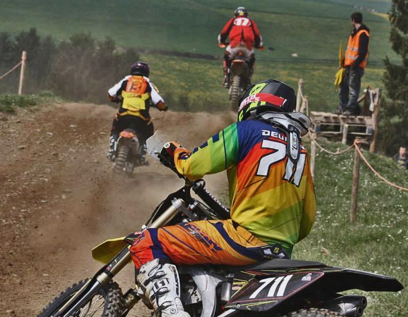Motocross Cherain - jeudi 14 mai 2015 ... - Page 5 15064610