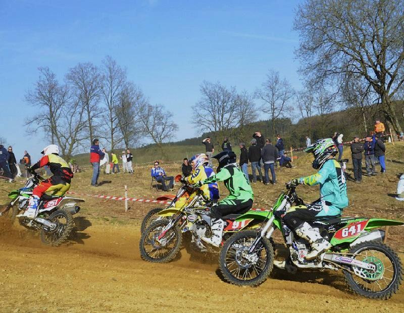 Motocross Grandvoir - 12 avril 2015 ... - Page 9 15997910