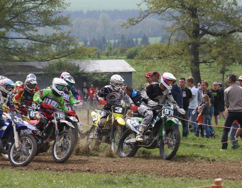Motocross Cherain - jeudi 14 mai 2015 ... - Page 5 1774