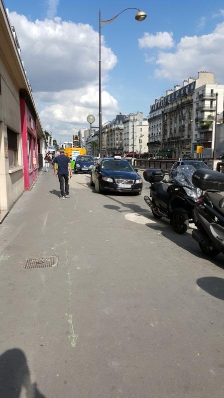 PV pour stationnement sur trottoir à Paris Seb10