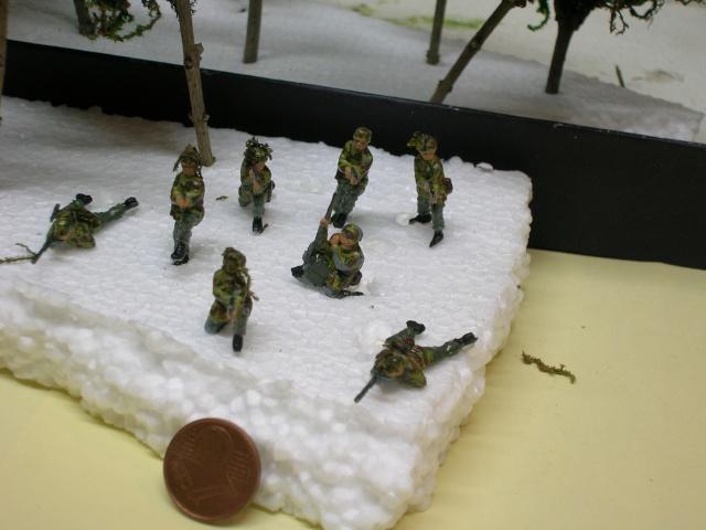 """Sie kommen an "" (Ils arrivent) Sturmgeschutz IV / REVELL 1/72 Dscn3620"