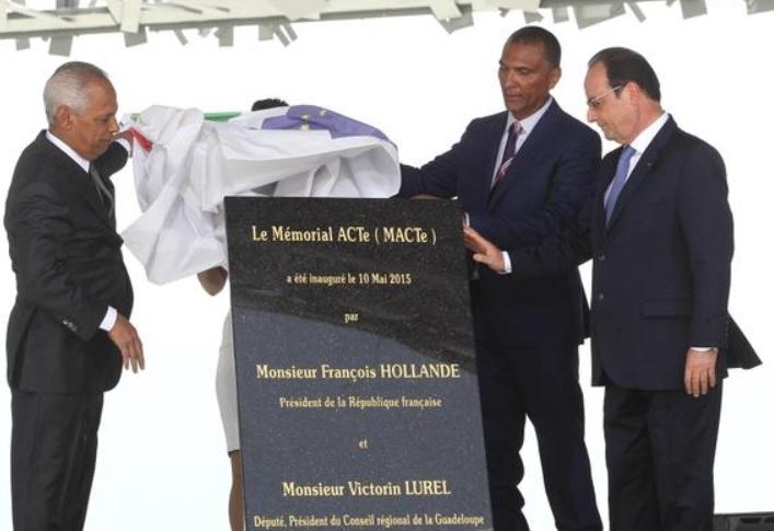 """Hollande en Guadeloupe : une inauguration à 8 millions d'euros"" -Le Point- Inaugu10"