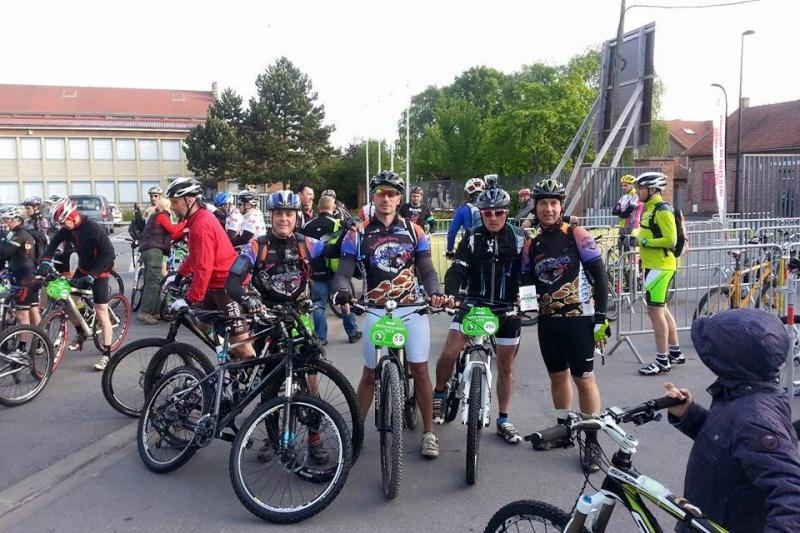 Paris Roubaix 17/05/15 - Page 2 Roubai12