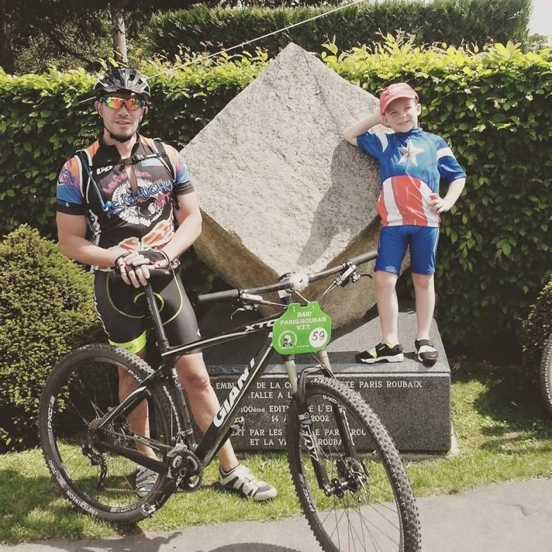 Paris Roubaix 17/05/15 - Page 2 Roubai14