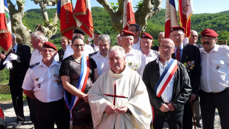 L'U.N.P. Ariège à rendu hommage au major Roger Cathala P1070218