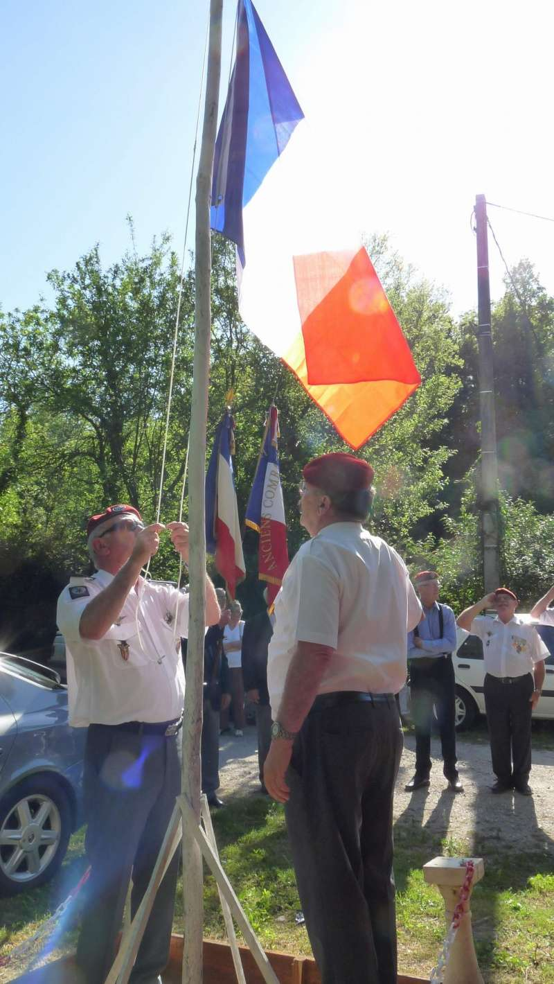 L'U.N.P. Ariège à rendu hommage au major Roger Cathala P1070219