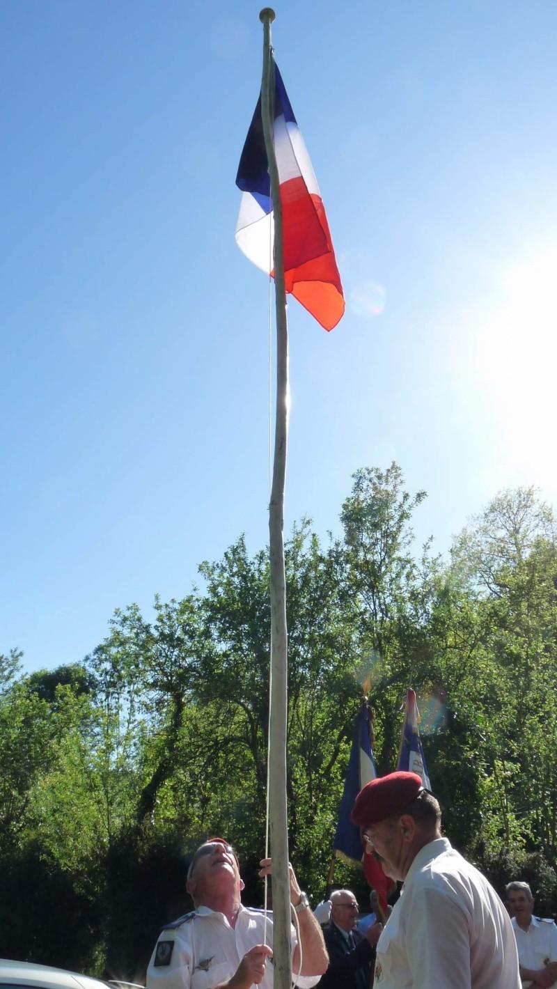 L'U.N.P. Ariège à rendu hommage au major Roger Cathala P1070223