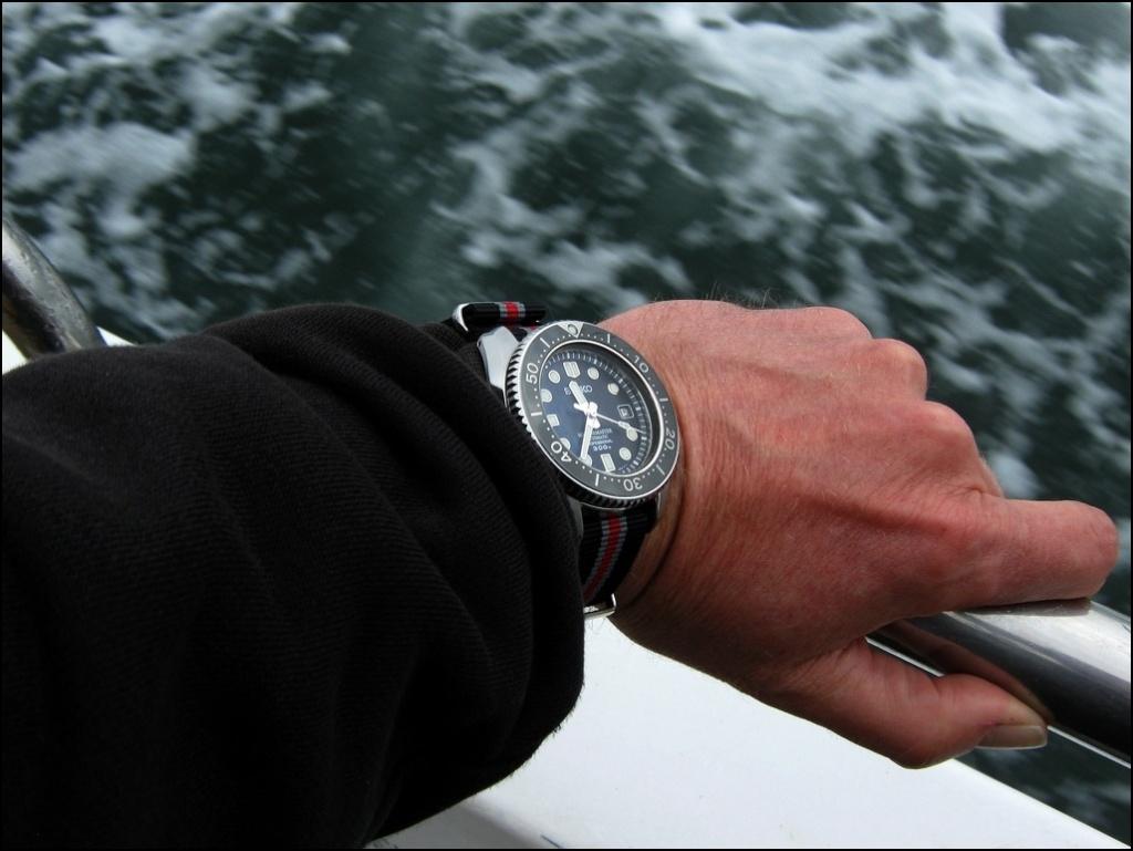La montre du vendredi, le TGIF watch! - Page 5 Rtimg_28