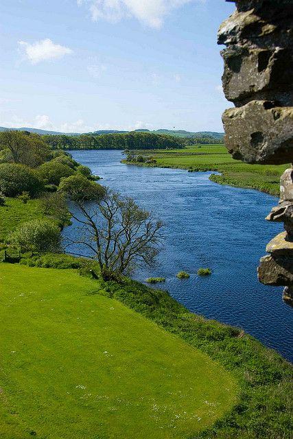 By the river Dee Db3adb10