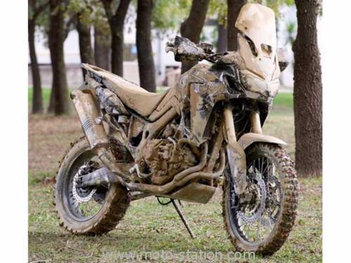 L'Africa Twin 1000 existera en version DCT Honda_10