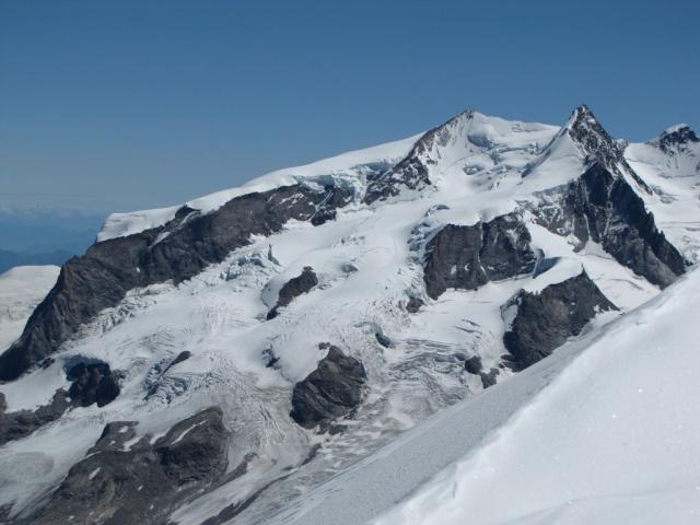 20100807 - ALPES ITALIANOS - BREITHORN ( 4.165 m.) 07ago142