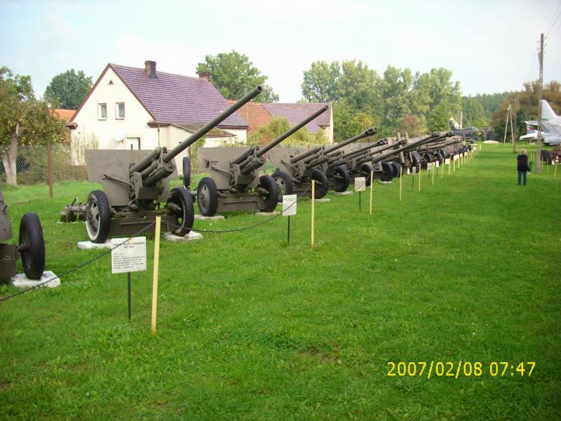 Lebuser Militärmuseum in Drzonów, Polen K800_d53