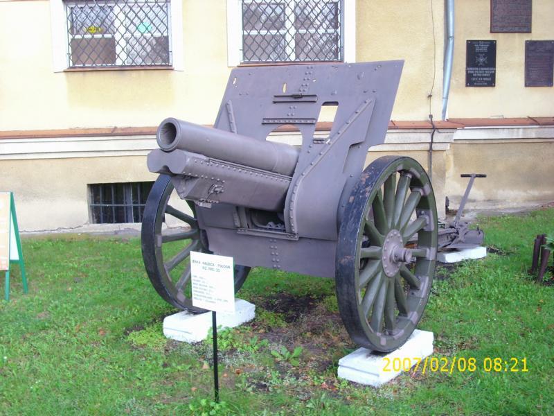 Lebuser Militärmuseum in Drzonów, Polen K800_d62