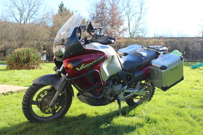 ma nouvelle moto ,un varadero  Img_4610