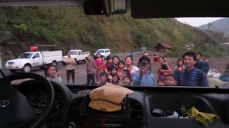 Passage de notre 28ème frontière le 20.04.2015 20150421
