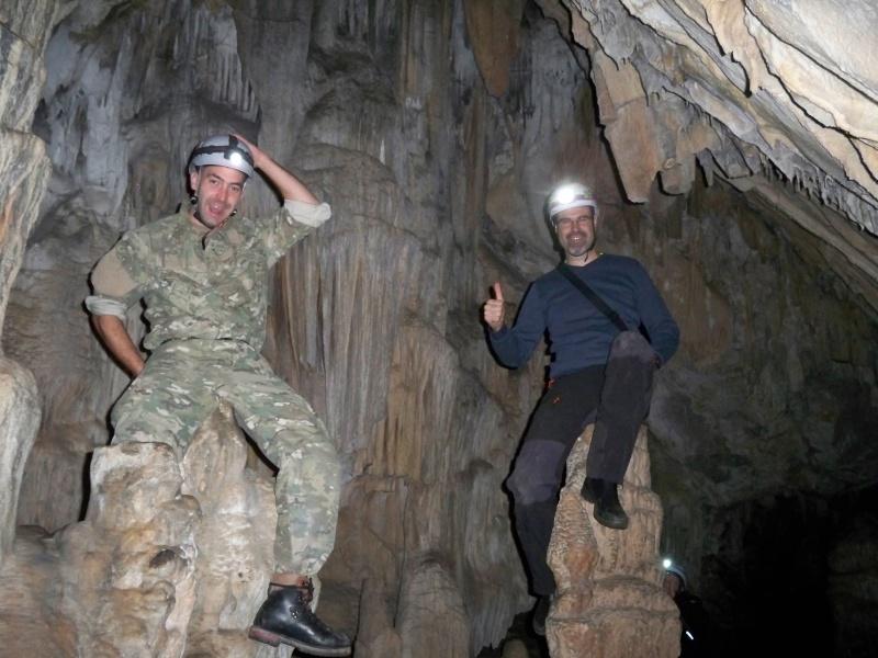Espeleología: sábado 25 de abril 2015 - Cueva del Asno (Soria)  100_9714