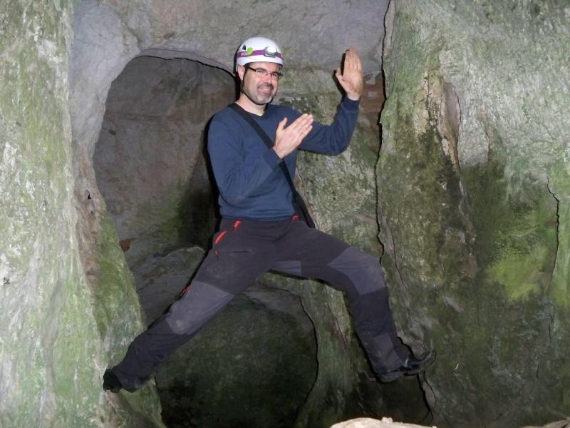 Espeleología: sábado 25 de abril 2015 - Cueva del Asno (Soria)  100_9719
