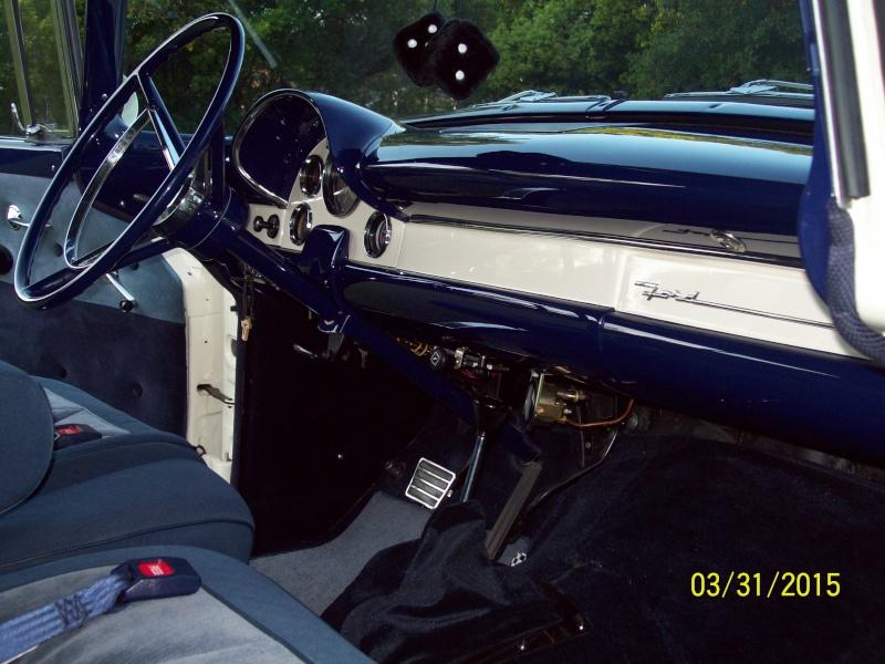 1956 Ford Victoria Customline 100_1712