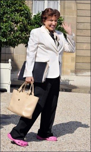 "Roselyne Bachelot "" Les vapeurs de ecig sont cancérigènes"" Rosely11"