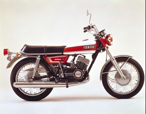 la voilà ma YR5 - Page 2 Yamaha11