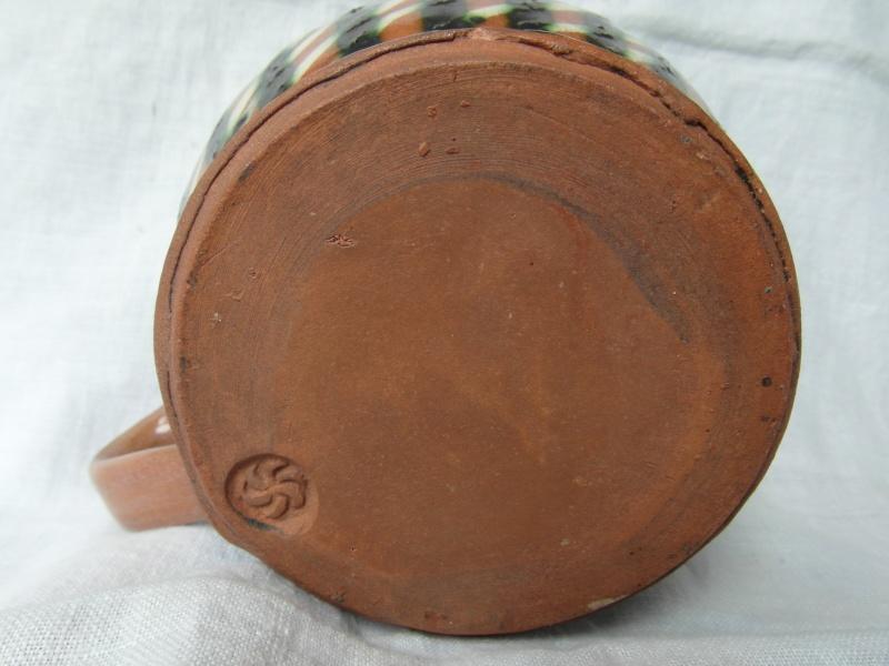 Terracotta slip-glazed mug Sam_4616