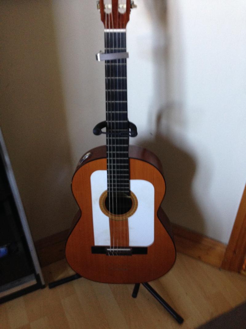 construction d une guitare blanca 00110