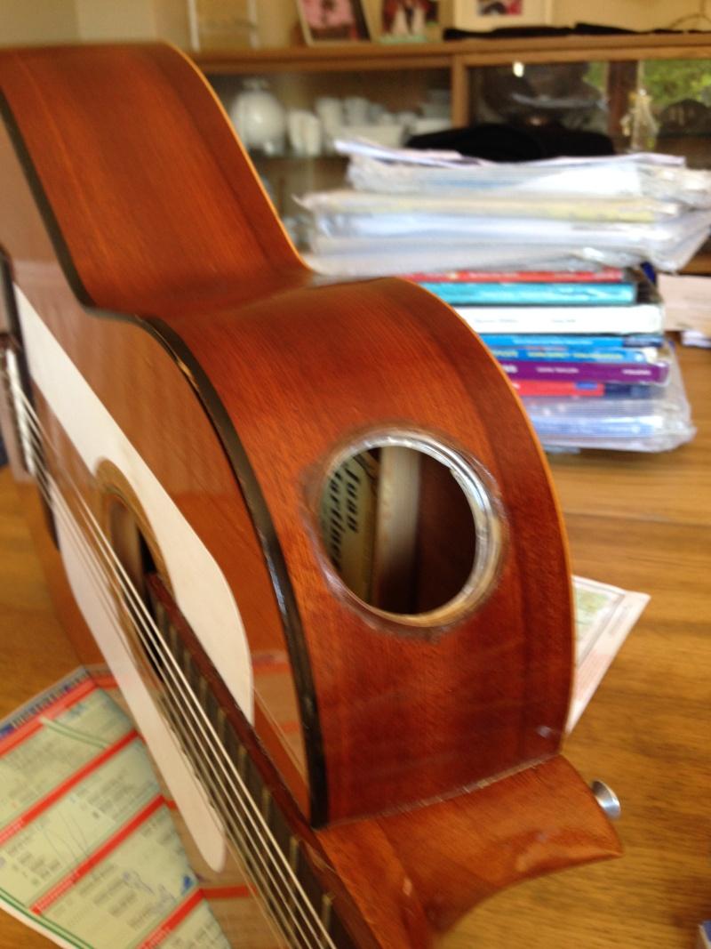 construction d une guitare blanca 00310