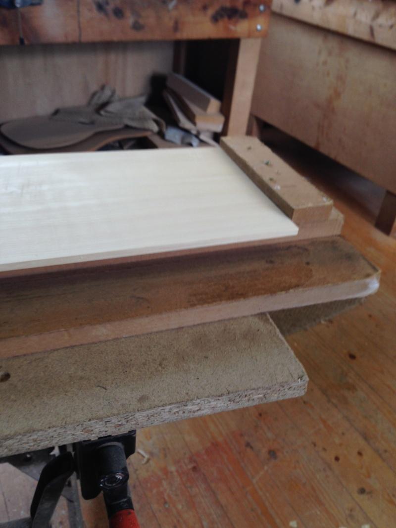 construction d une guitare blanca Rabott10