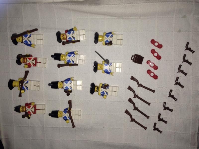 Lego set personaggi Gendarmi, Pirati e Oropacos Img_6117