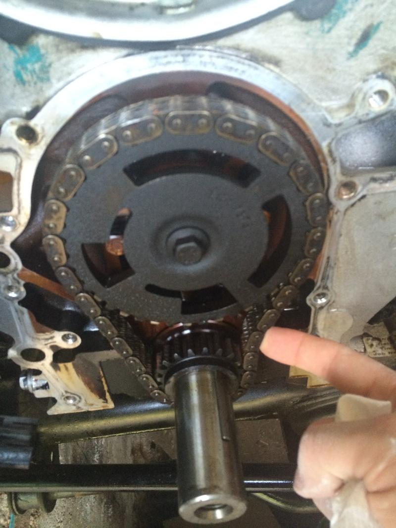 fuite d'huile...remplacement joint d'étanchéité - Couvercle avant (chaîne de distribution) V8 4.6 à partir AM99 Img_8211