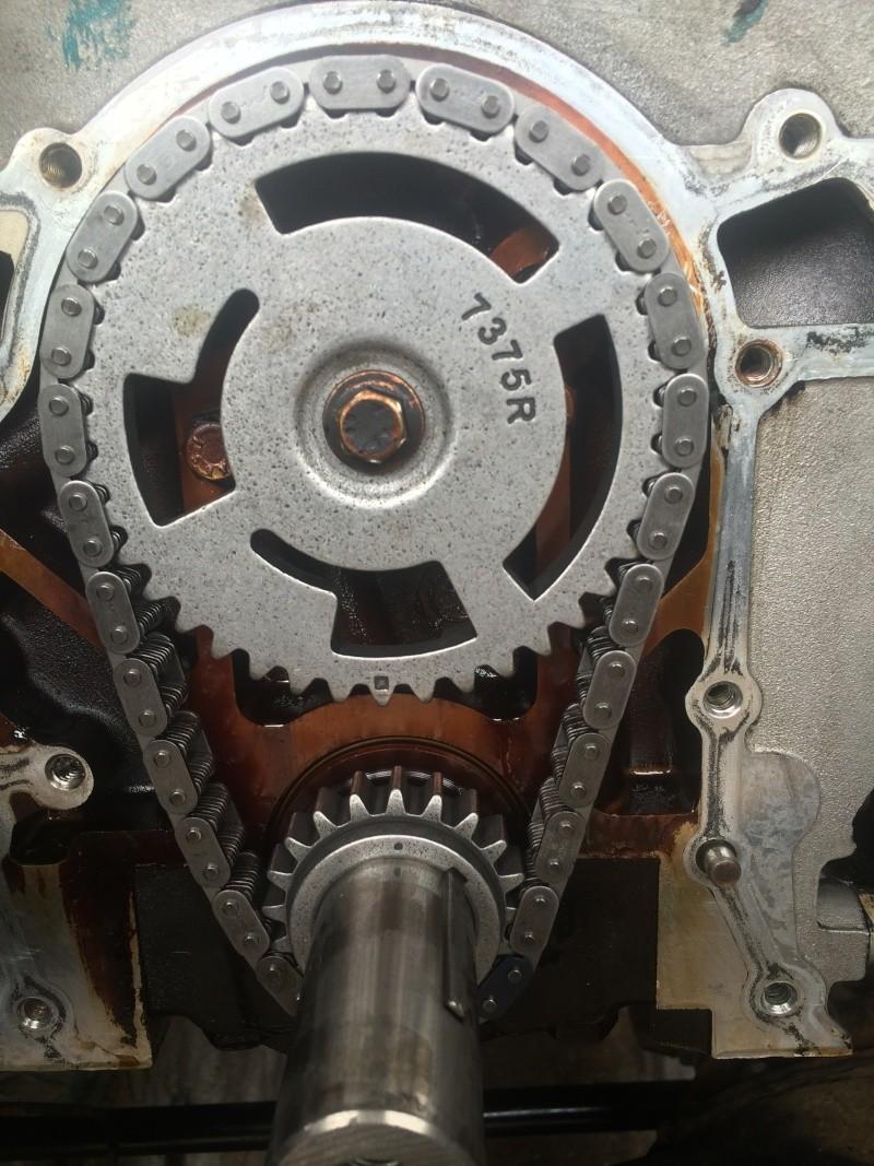 fuite d'huile...remplacement joint d'étanchéité - Couvercle avant (chaîne de distribution) V8 4.6 à partir AM99 Img_8214